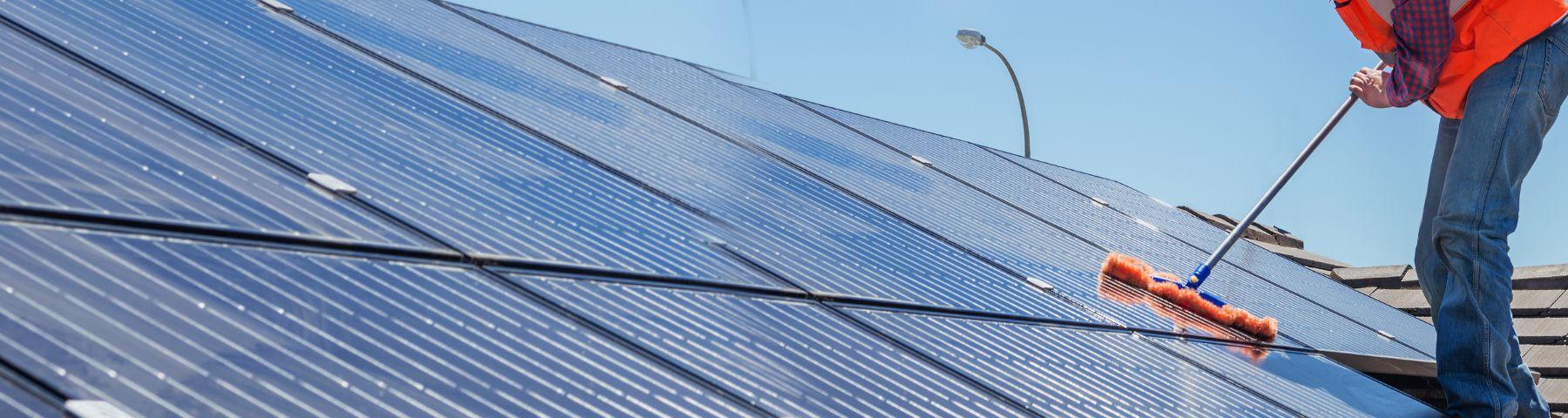 zonnepanelen onderhouden loont!