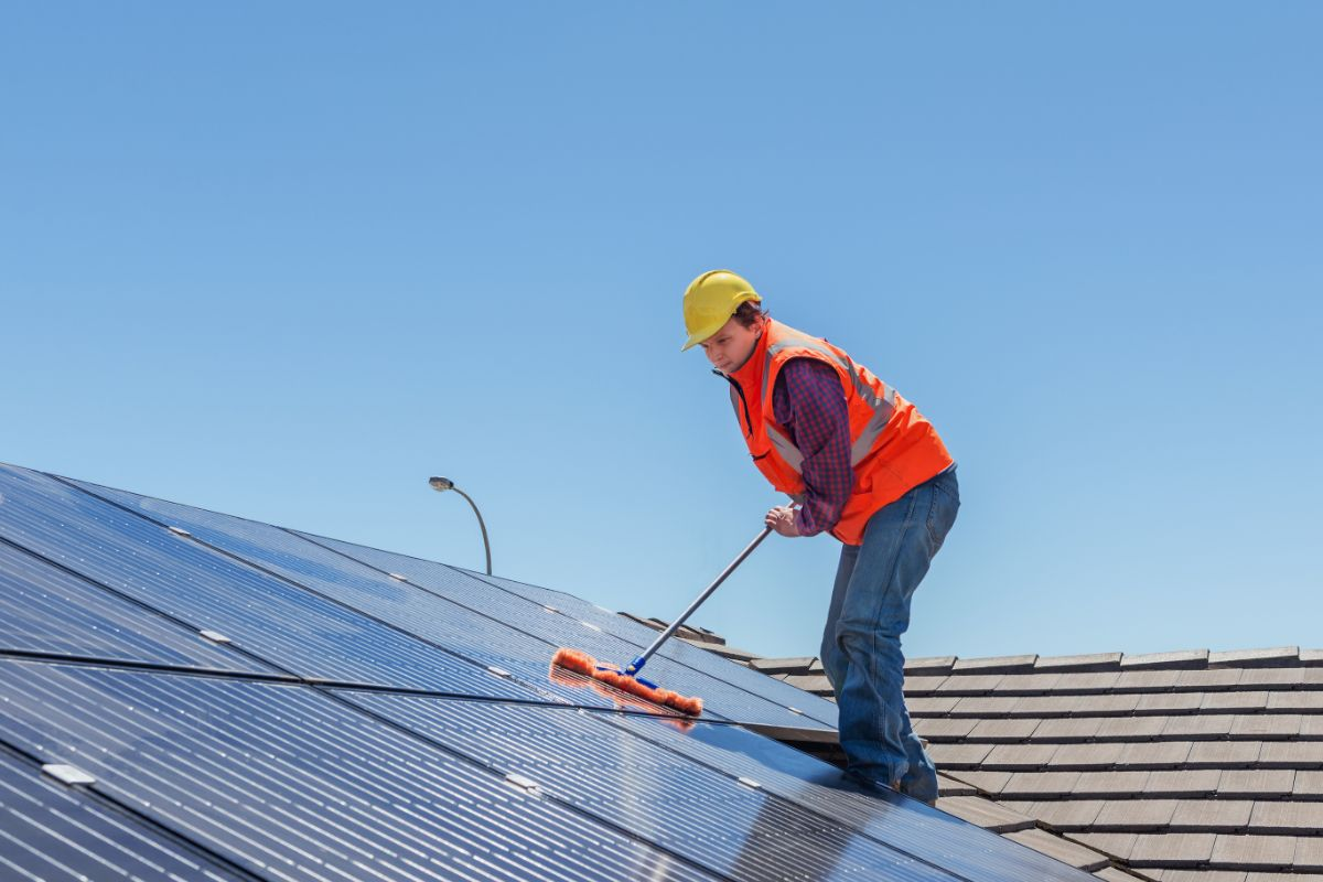 zonnepanelen onderhoud